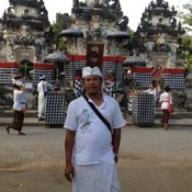Private tour guide Putu K
