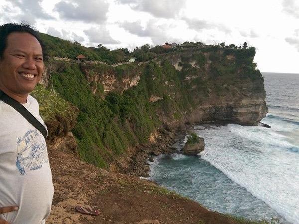 Ubud Bali and Uluwatu cliff temple tours