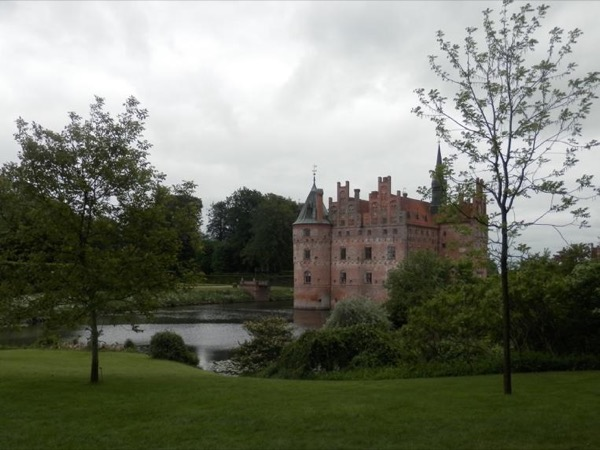 Tour from Odense to Egeskov Castle; gardens and exhibitions