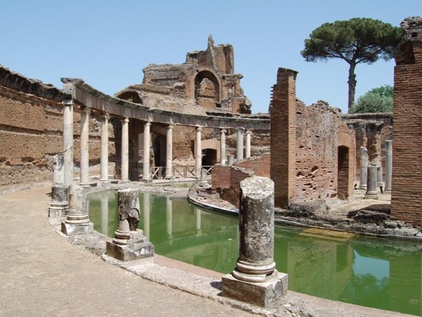 Rome Caracalla's Thermal Baths and the two amazing Villas of Tivoli by car: Hadrian's Villa and Villa D'Este.