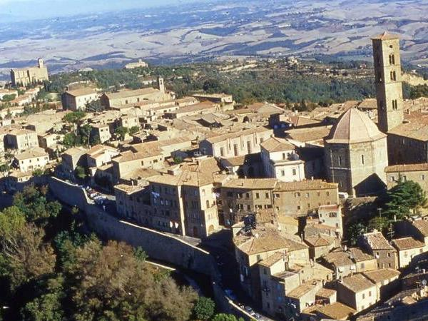 The fascinating Volterra private tour