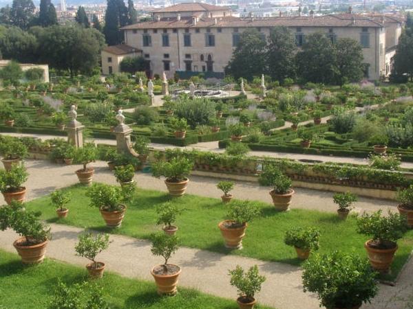 Florence garden & Medici villas