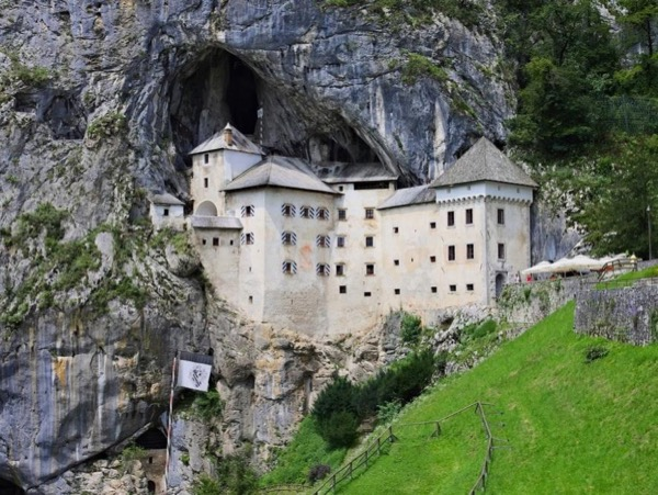 Postojna caves, Predjama castle and Ljubljana - private tour