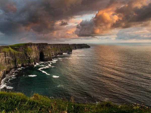Private Tour from Dublin to The Cliffs of Moher