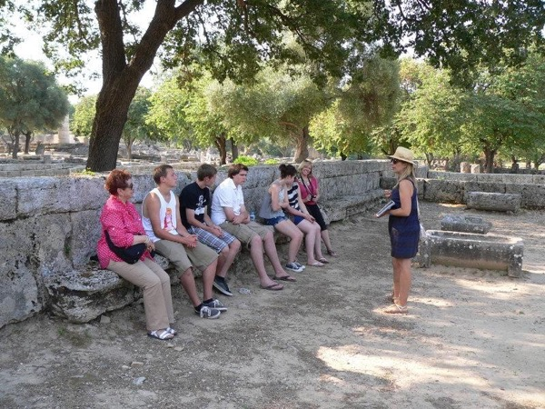 Private tour in Olympia (up to 18 people)