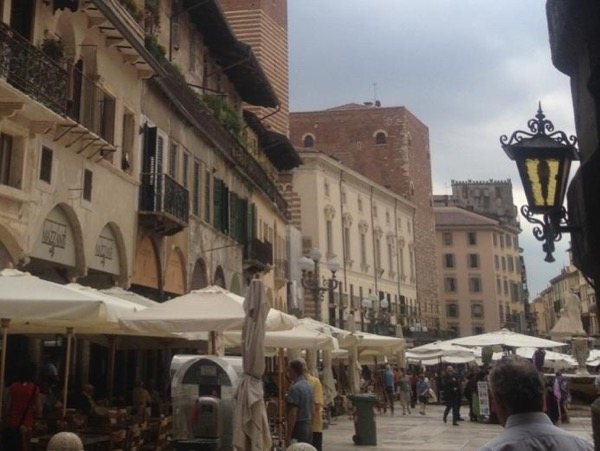 Best of Verona in just 2 hours. The landmarks
