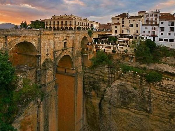 Full day Private Excursion to Ronda + A White Hill Towns Touch from Seville