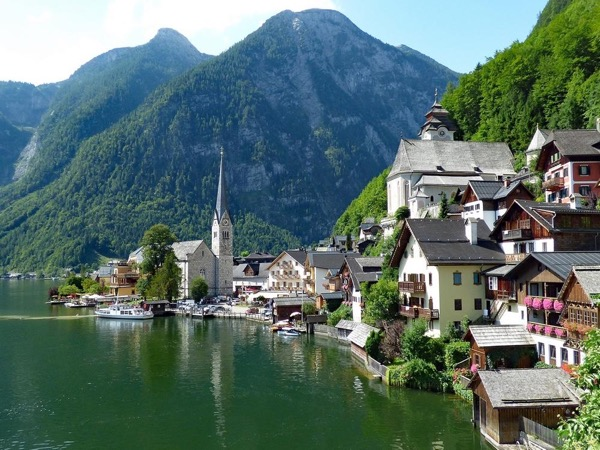 The Hills are Alive: Salzburg City Tour and Hallstatt - Full Day Private Tour