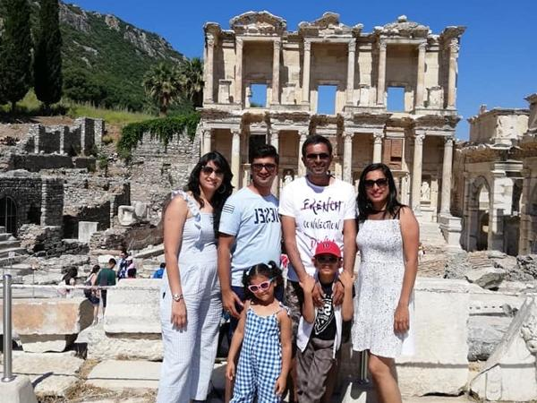 Private Ephesus Tour with Traditional Lunch and Shopping Opportunities
