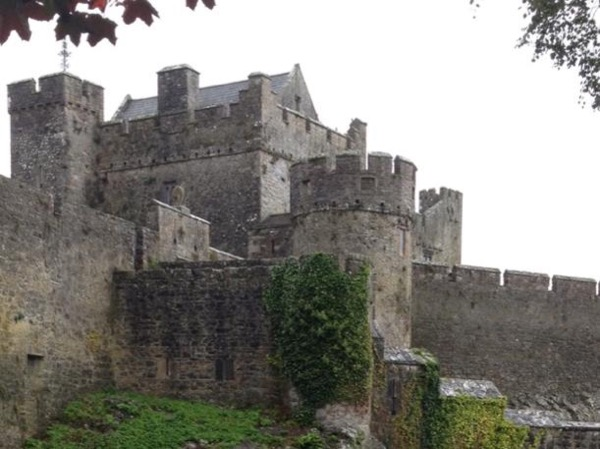 Private Motor Tour to The Rock of Cashel and Cahir Castle.