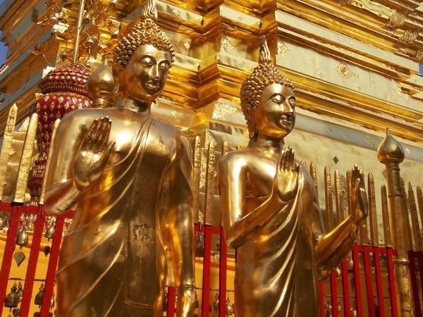 Full Day tour - Wat Prathat Doi Suthep, Hmong hill tribe village & Phuping Palace