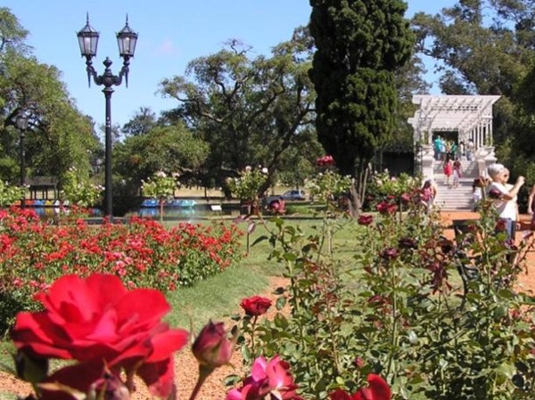 Buenos Aires 8 hours private city tour - UP TO 4 PAXS with car included