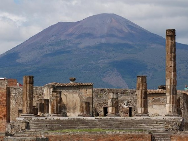 Herculaneum, Pompeii and Vesuvius Private tour