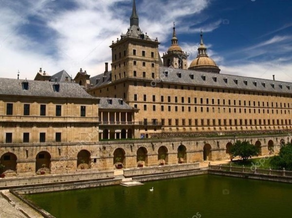 Escorial Monastery and Valley of the Fallen with Private Car