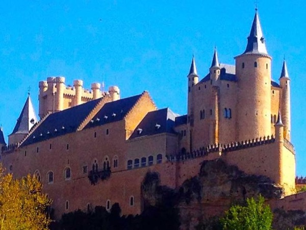 Segovia from Madrid by Private Minivan