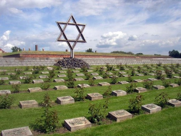 Terezín Concentration Camp and the former Jewish Ghetto Private Tour