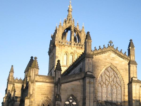 Historic Royal Mile Private Walking Tour (2.5 hours)