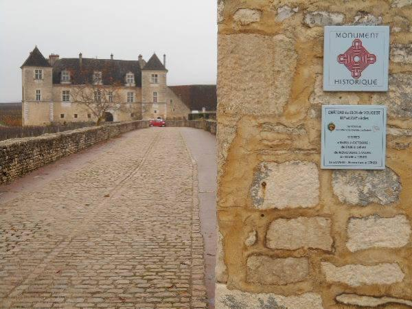 Discover the great wines of Burgundy in a one day private tour