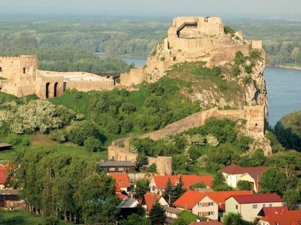 4 Hour Tour - Bratislava Special