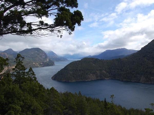 Seven Lakes Route & Valle Encantado