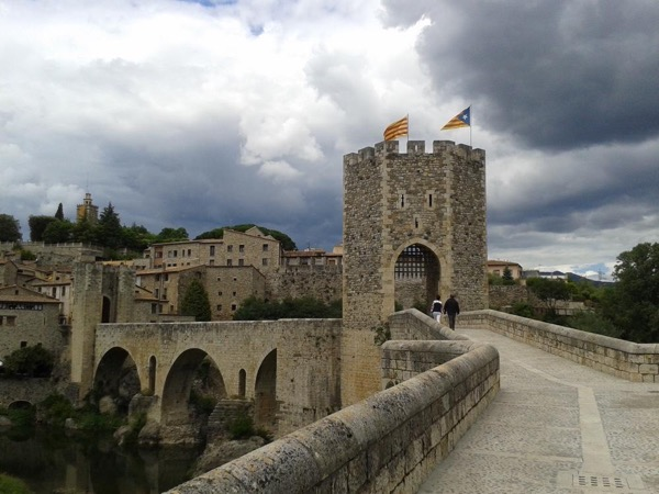 Girona and Besalú - Private tour