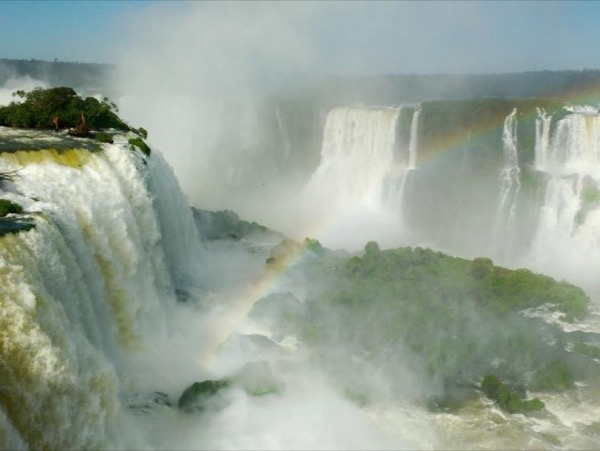 Iguassu Falls with airport transfer