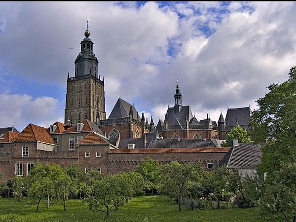 Out of Amsterdam Private Tour: visit Deventer, Zutphen, Amersfoort, 't Loo Palace or ... with your own private art historian