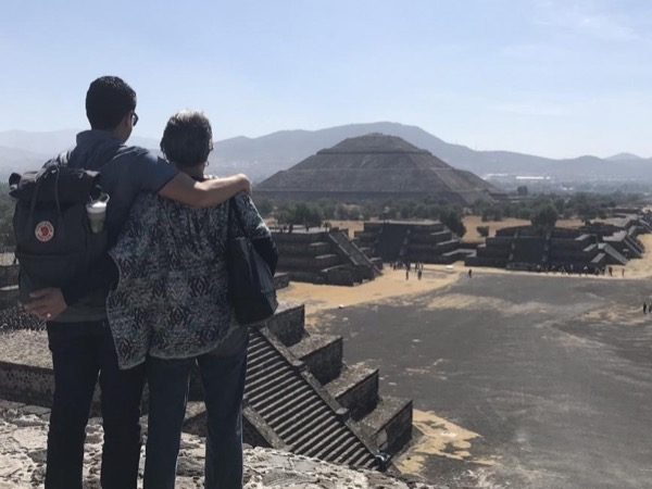 The great Pyramids of Teotihuacan - Private Tour 4-6 PEOPLE in a van
