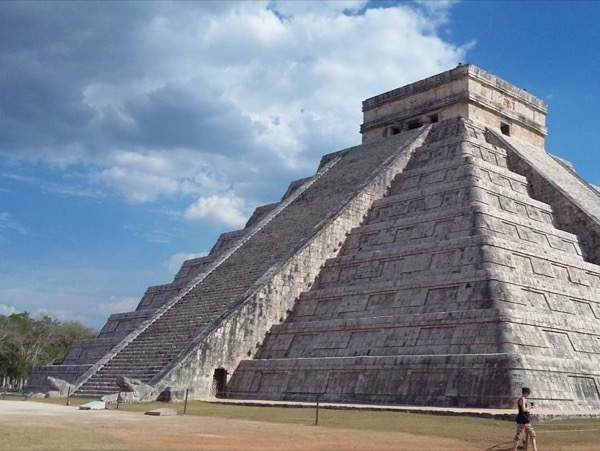 Chichen ITza, Ek Balam and Valladolid from Cancun