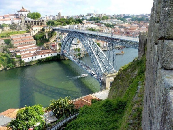 Porto in a drive Private tour... Do not just come, but, visit and live it!
