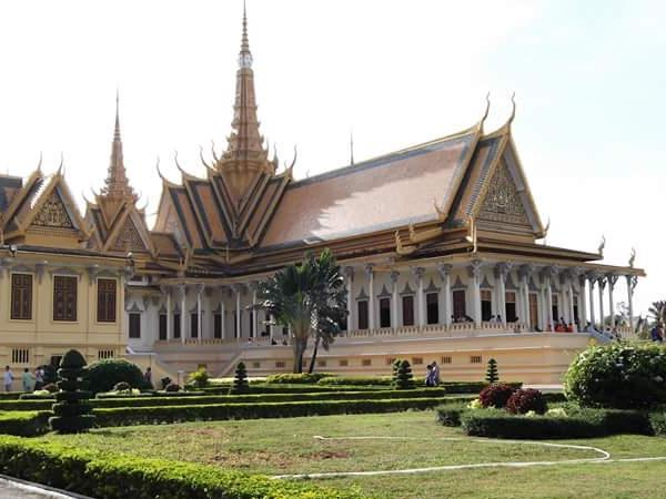 Phnom Penh Private City Tour
