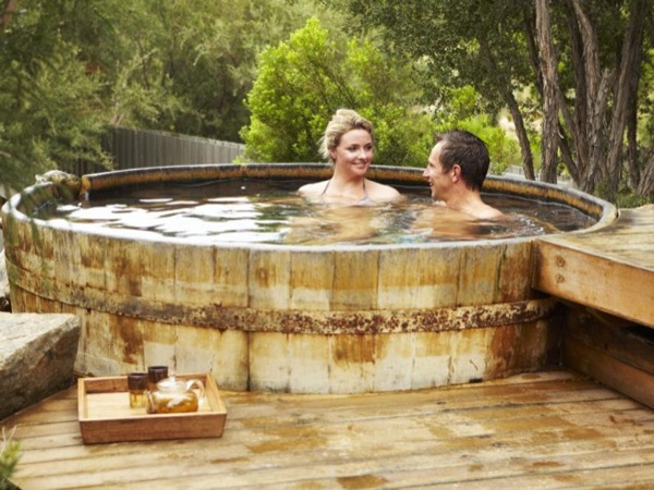 Mornington Peninsula Hot Springs & Winery Tour