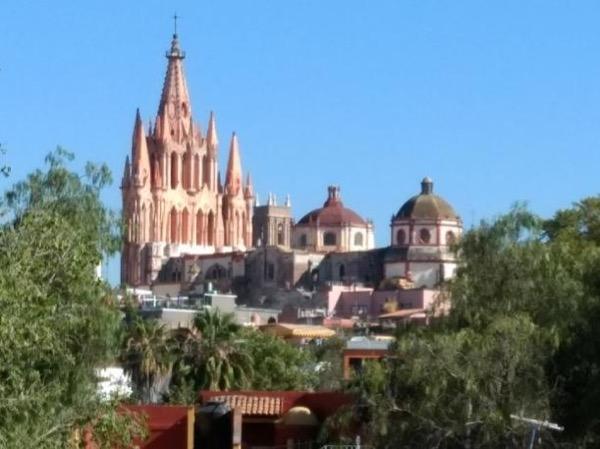 San Miguel de Allende & Dolores Hidalgo Day Trip