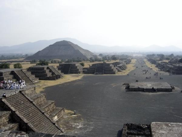 Teotihuacan from Queretaro