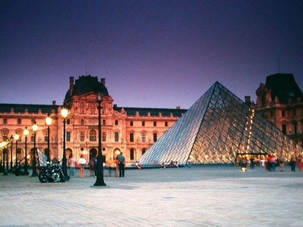 Private guided Tour of the Louvre museum