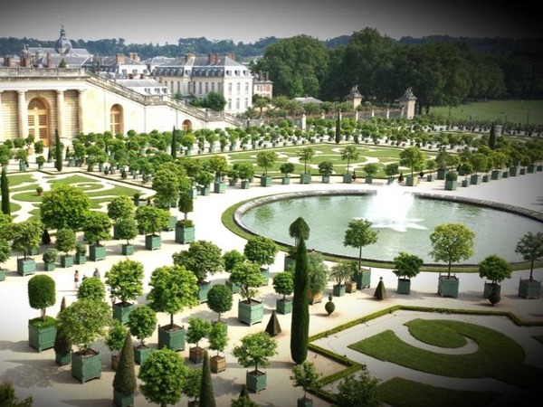 The palace of Versailles with transportation