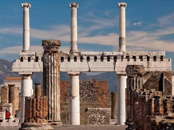 Pompeii, Positano and Sorrento full day excursion