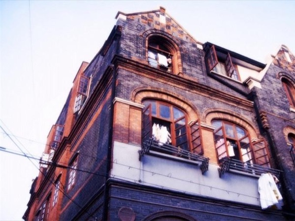 Jewish quarter walking tour & Shanghai highlights