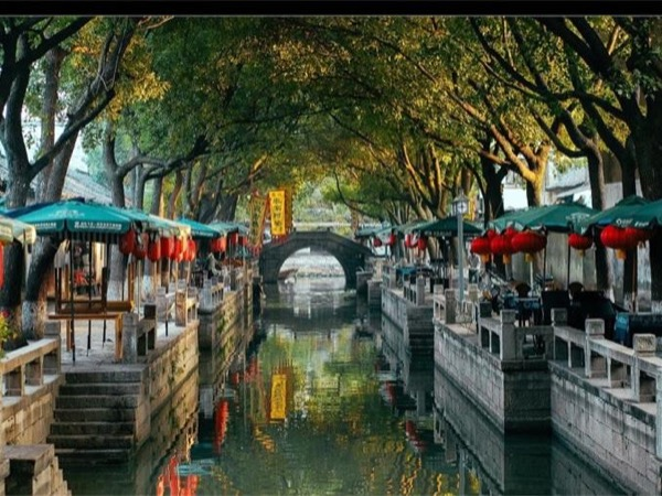 Day trip to thousand years old watertown-tongli