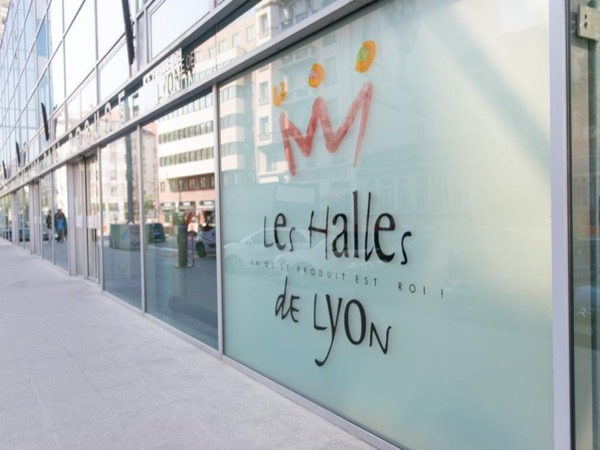 Les Halles Paul Bocuse Food Tour in Lyon
