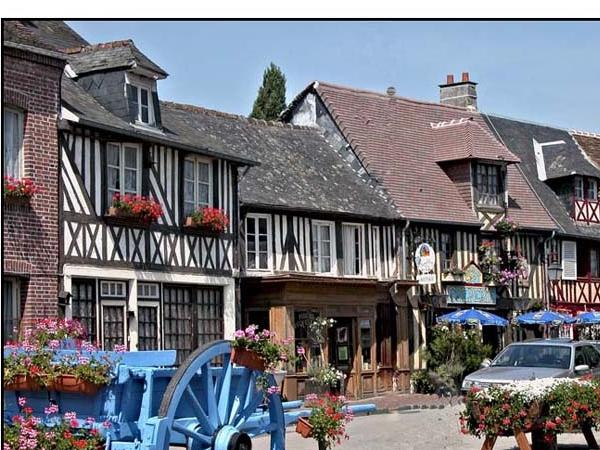 Most typical villages tour from Le Havre private tour