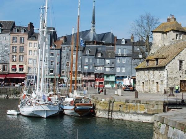 Honfleur and Deauville private tour