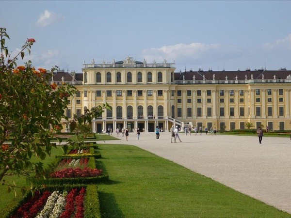 Full Day Private Walking City Tour Vienna