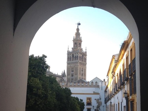 Discover Sevilla in a day trip from Huelva