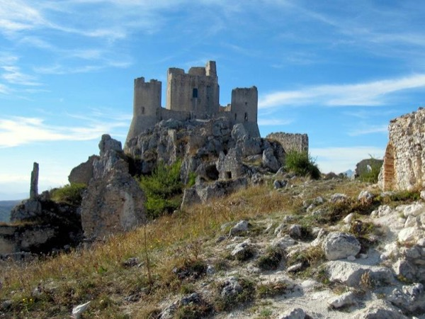 Abruzzo Mountains: Rocca Calascio Castle and Santo Stefano di Sessanio!