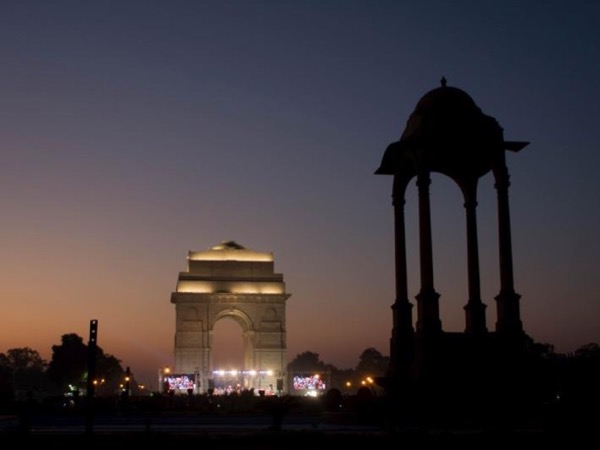New Delhi Monuments Photo Tour In a Day