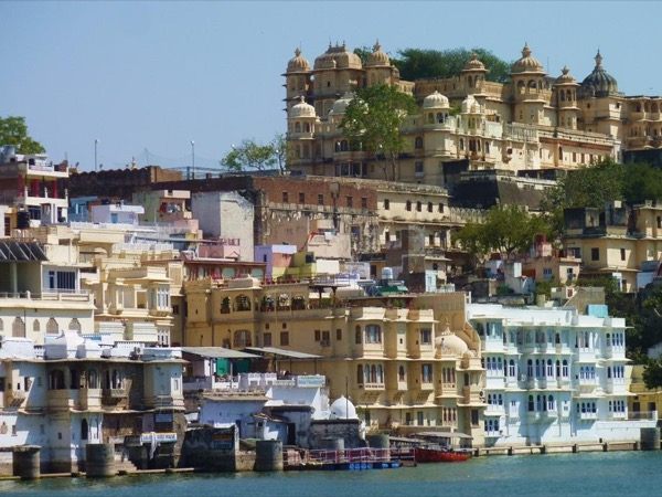 Udaipur Highlights City tour