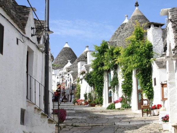 Alberobello, Locorotondo, Cisternino and Ostuni