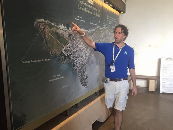 Private tour guide Javier
