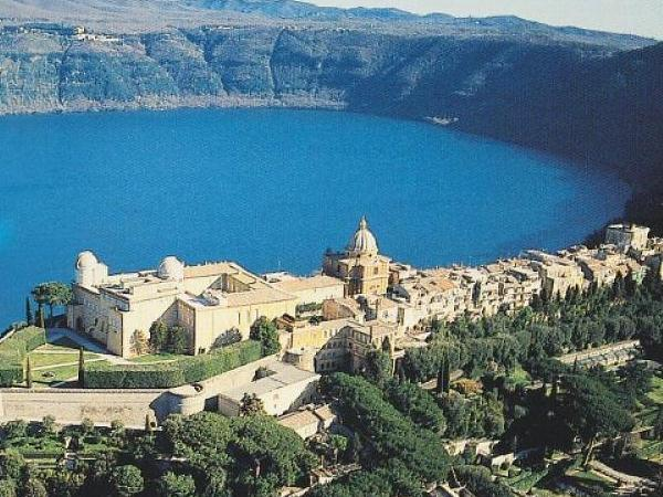 Castel Gandolfo and Albano. Culture and food